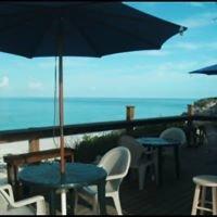 Tropic Breeze Beach Bar & Grill
