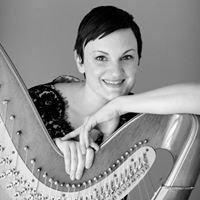 Harpist Tina Barber