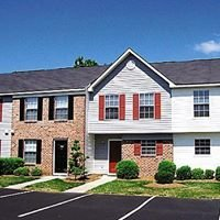 Crabtree Crossing Apartments and Townhomes