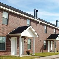 Royal Manor Townhouse Apartments