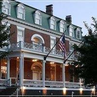 Sisters American Grill at The Martha Washington Hotel and Spa