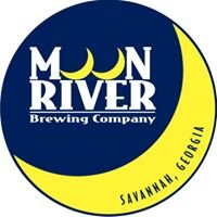 Moon River Brewing Lunch Crowd