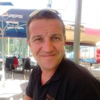 Simon Emerys Deals on Wheels