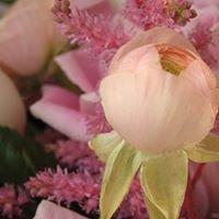 Michaleen's Florist and Garden Center