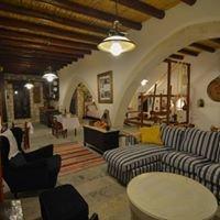 Aliki's house