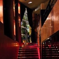 Bizen, Restaurant & Club
