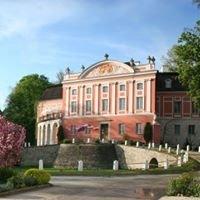 Pałac w Kurozwękach, Kraina bizonów