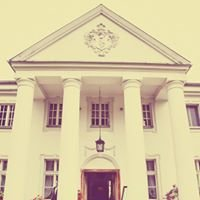"""Pałac w Grochowiskach Szlacheckich - Hotel i Restauracja """"Pałacowa"""""""