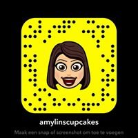 Amylin's cupcakes & macarons & cup-donuts