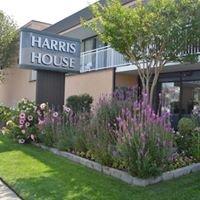 Harris House Motel