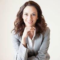 Alejandra Hayes: Spanish interpreter and translator