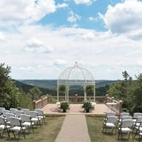Red Bud Valley Resort and The Little Glass Wedding Chapel