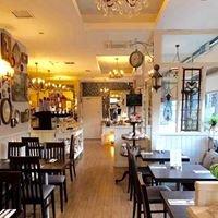 Mocha's Vintage Tea Room & Restaurant