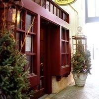 Beaujo's Wine Bar & Bistro
