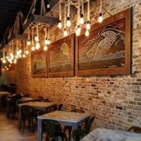 Dumbwaiter Restaurant