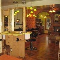 Kerrin's Salon (Full Service)