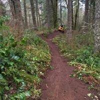 Cascadia Trail Crew