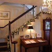 The Simsbury 1820 House