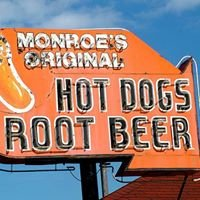 Monroe's Original Hot Dog - Drive in