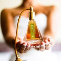 BLEND Custom Parfum Studio