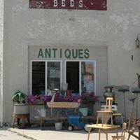Lucken's Collectibles & new Home Furnishings