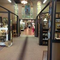 Renninger's Antique Center