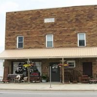 Wolf Creek Antiques and Crafts