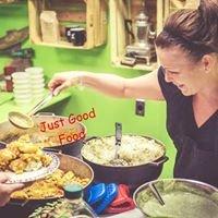 Edna's Home Kitchen