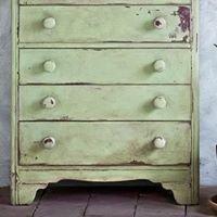 ReFabulous Decor - hand painted furniture, decor & workshops