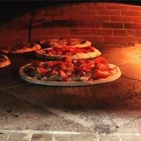 Gooroo's Wood Fire Pizza