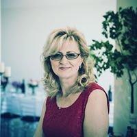 Lucia Kos Floral Designer