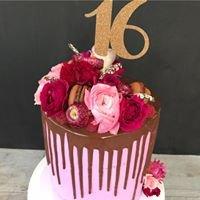 Jacqui Riley - Divine Cakes
