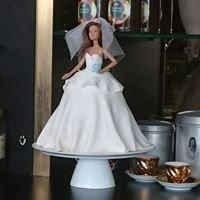 Ravishing Cakes by Chrissy