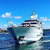 OSCAR 2 - Sydney Motor Yacht Charters