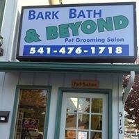 Bark Bath & Beyond