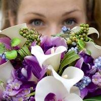 Hot Petals Floral Studio