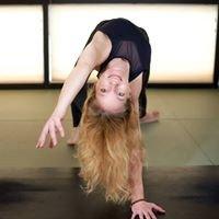 Good & Twisted Yoga