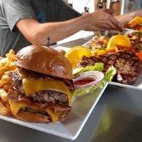 Lakeside Bar & Grill at Gateway Marina