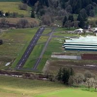 Stark's Twin Oaks Airpark