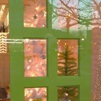 green door salon