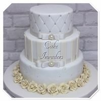Cake Invaders