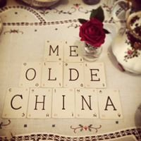 Me Olde China. Vintage China and wedding prop Hire