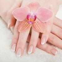 Diva Nails & Tanning