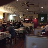 La Mezzaluna Cafe