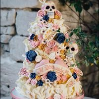 Elegant cakes by Rachel