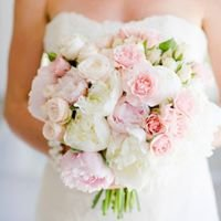 Bouquets and Bows - Wedding Planner Taormina, Sicily