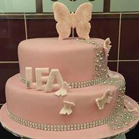 Boo-Dee-Full Cakes