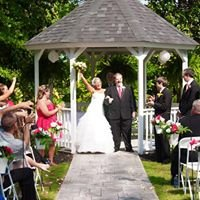 Weddings in South Carolina by Skylight Chapel and Events