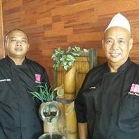Pink Pearl Bar & Restaurant