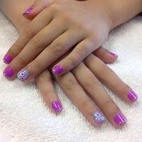 Emma's Nails